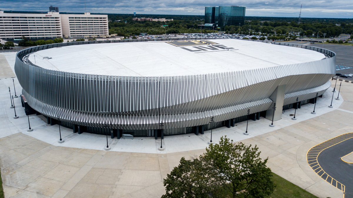 Alucobond Nassau Coliseum Jamey Price Photography Lumiflon FEVE Resin