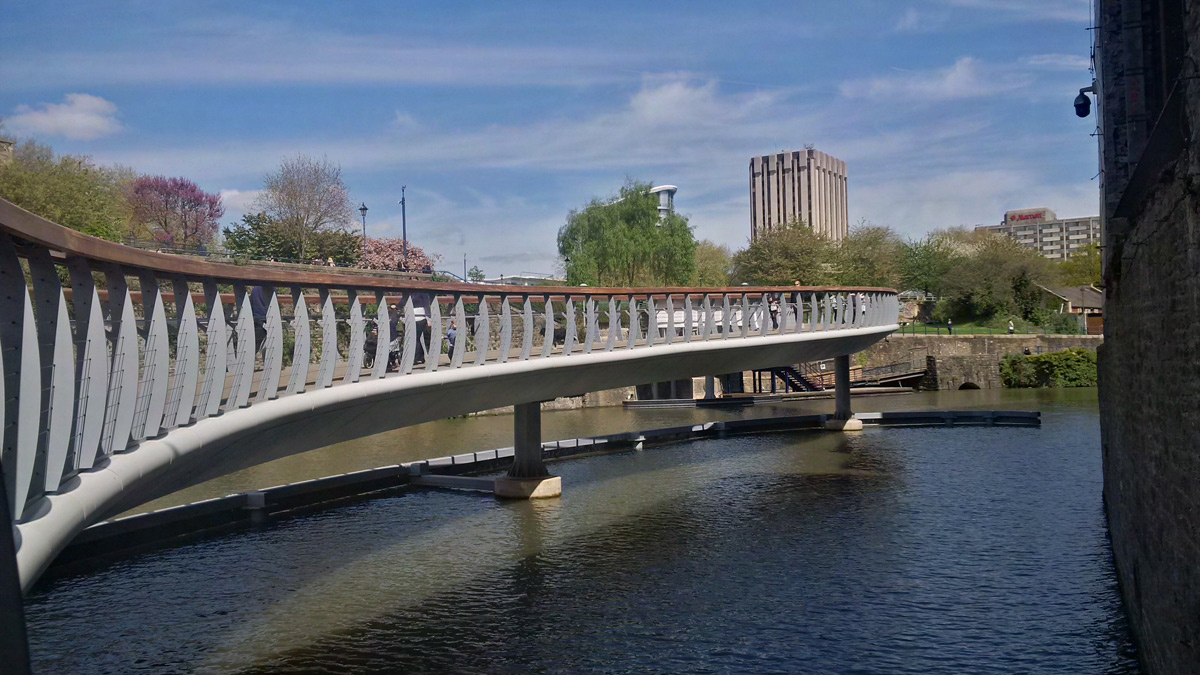 Castle Bridge Finzels Reach Bristol England UK Bush Consultancy Architect CTS Bridges Vitreflon AI Coatings Lumiflon FEVE Resin
