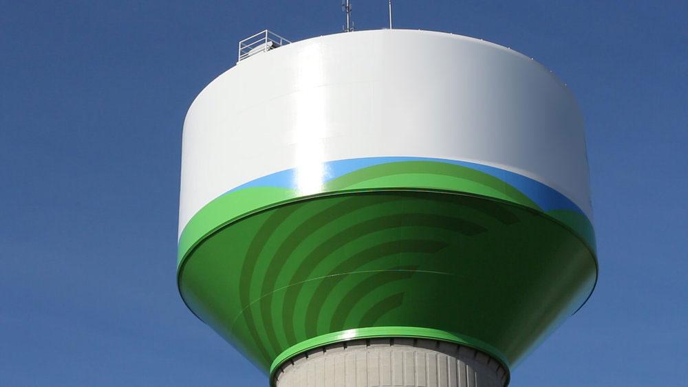 Chatham Kent Water Tank, Tnemec, Ontario, Canada
