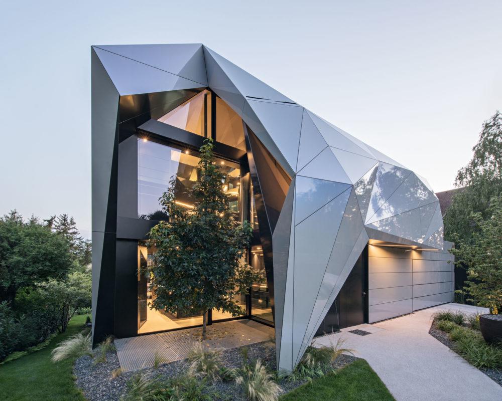 CoMED, a2 architekten, Vienna, Austria, Alucobond Spectra Galaxy Blue, Hertha Hurnaus Photography