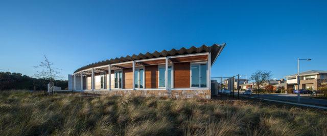 crace medical center australian capital terrirtory amc architects vitragroup vitrapanel vitreflon ai coatings lumiflon
