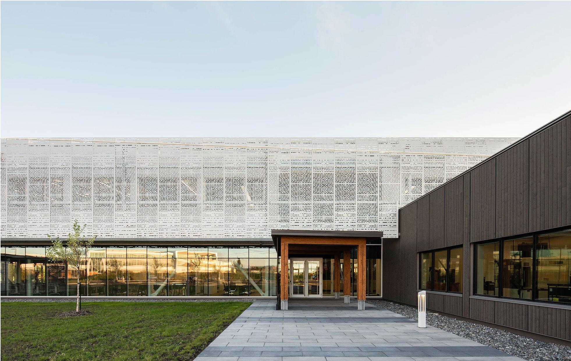 Eddyfi Technologies World Headquarters, Quebec, LEED, Coarchitecture