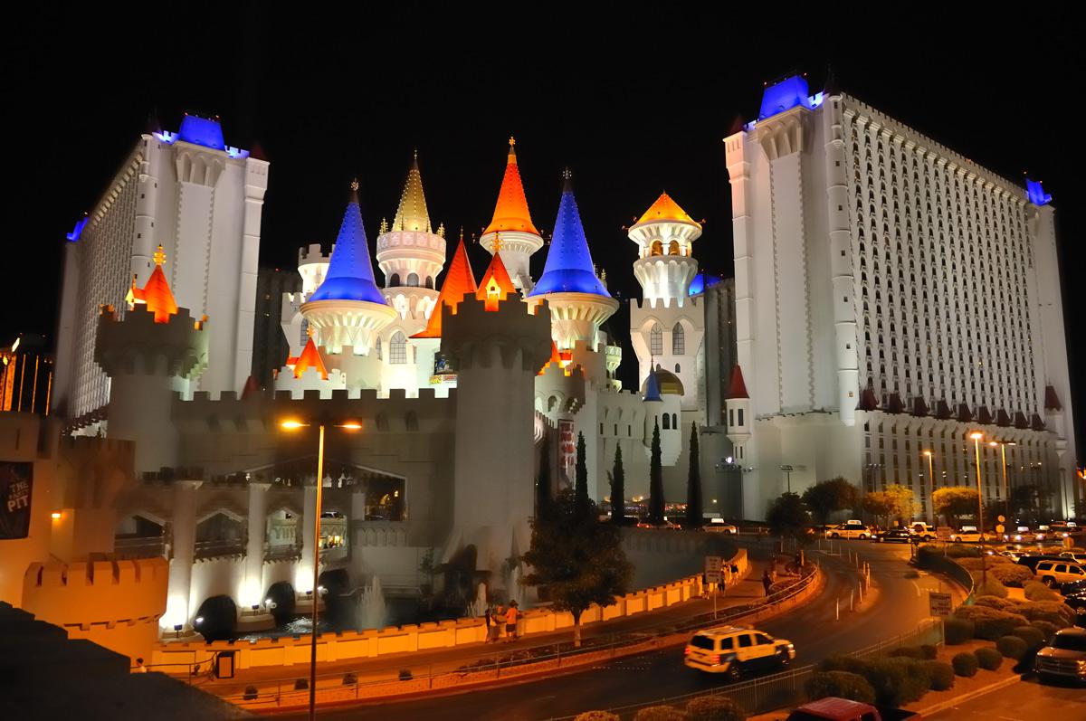 Fluoronar Revives Extravagant Las Vegas Casino Lumiflon