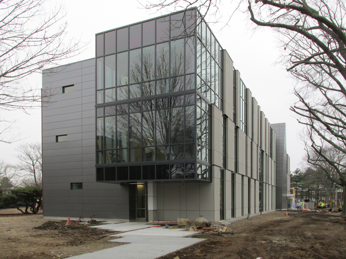 Farmingdale State College School Of Business Urbahn Architects ALPOLIC ACM Charcoal Mica Finish Lumiflon FEVE Resin