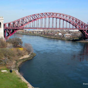 HELL GATE BRIDGE PHOTO BY WIRED NEW YORK