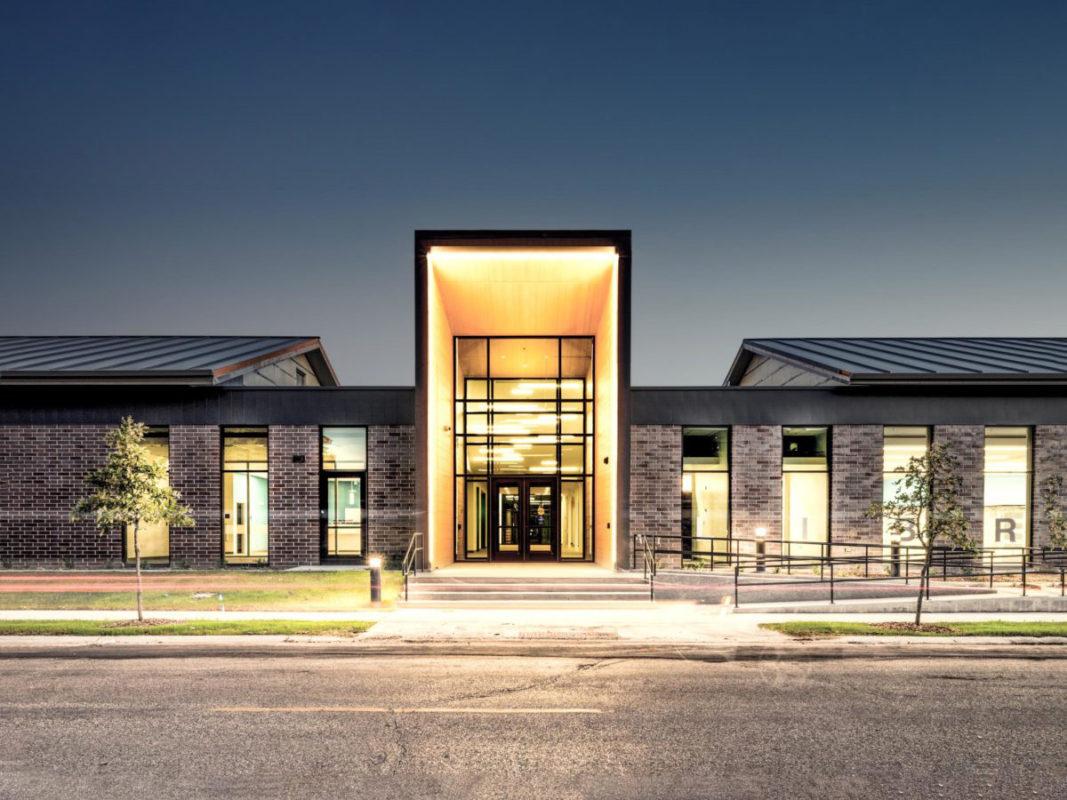 KO Lee Aberdeen Library South Dakota CO OP Architecture Pure Freeform Lumiflon FEVE Resin