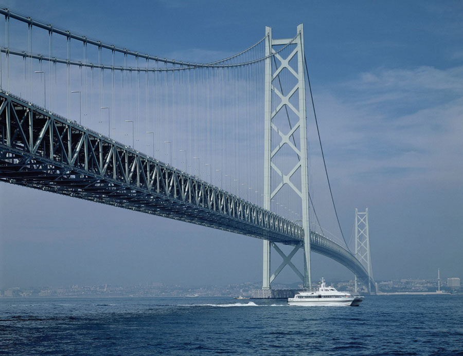 LUMIFLON FEVE Resin, Akashi Kaikyo Bridge, Carboline Co.