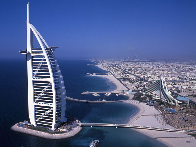 Lumiflon resins used on exterior panels of burj al arab for Hotel burj al arab