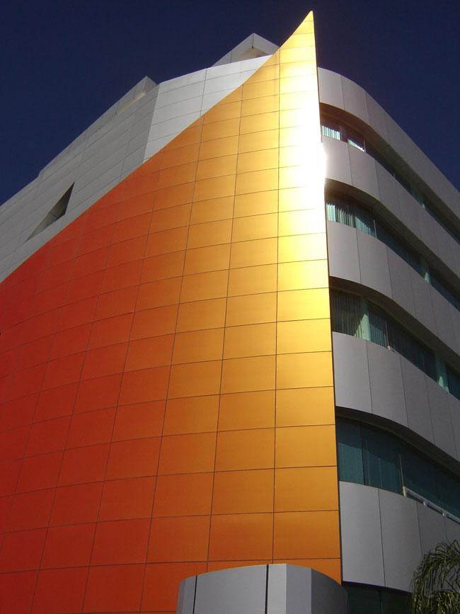 Coss Y Leon, Mexico, ALPOLIC, LUMIFLON USA, Photography Mitsubishi Plastics Composites America
