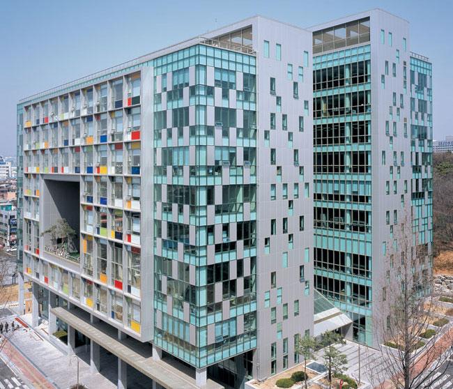LUMIFLON FEVE Resin, Korea Konkuk University Art College, Photo Mitsubishi Plastics Composites America