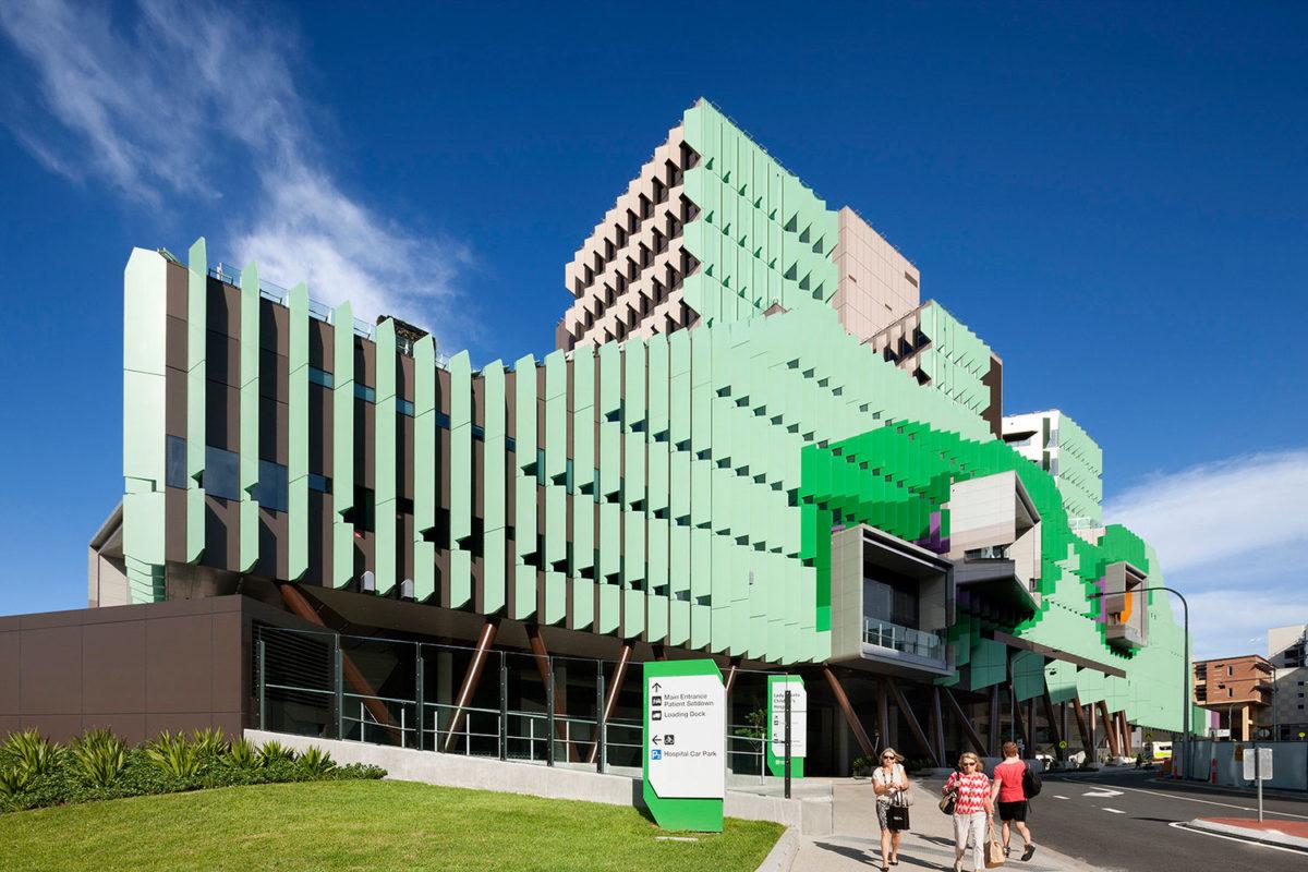 Lady Cilento Childrens Hospital, Queensland, Conrad Gargett Riddel, Lyons Architecture, ALPOLIC Panels, Builder Abi Group, Photography Dianna Snape