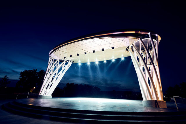 Lauridsen Amphitheater, Water Works Park, Iowa, Alucobond Plus, Photography Joe Crimmings