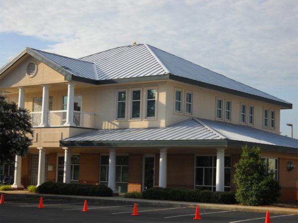 Lumiflon_FEVE_Based_Coatings_Make_Metal_Roof_Restoration_Easy_03