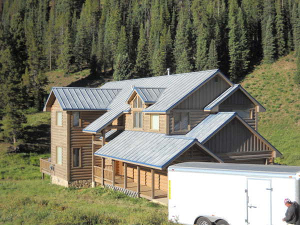 Lumiflon_FEVE_Based_Coatings_Make_Metal_Roof_Restoration_Easy_05