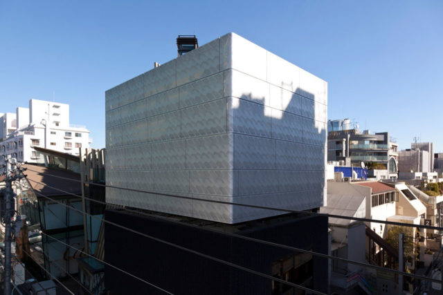 Marc Jacobs Tokyo Building Japan Jaklitsch Gardner Architects ALPOLIC ACM Lumiflon FEVE Resin
