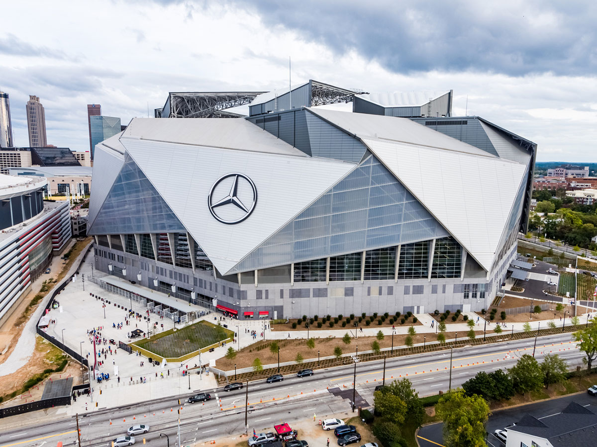 Mercedes Benz Stadium NFL Atlanta Georgia HOK Architects ALPOLIC ACM Lumiflon FEVE Resin