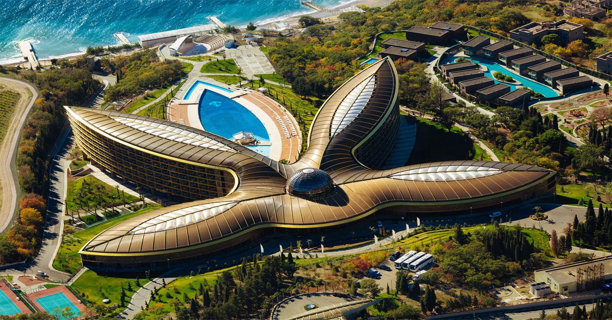 Mriya Resort and Spa Yalta Ukraine Foster and Partners Sir Normal Foster Monopol Colors AG Lumiflon FEVE Resin