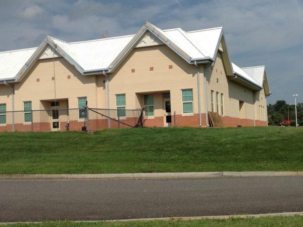 Roof_Restoration_Lumiflon_Gladeville_Elementary_13
