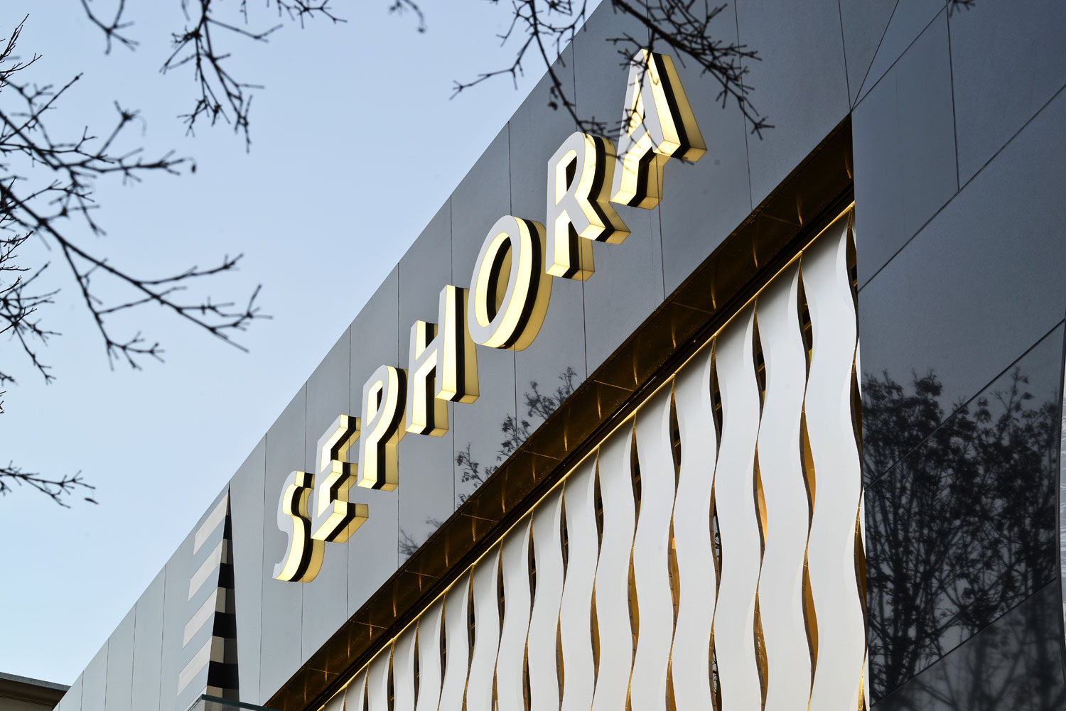 Sephora, Retail Store, Canada, Francl Architecture, Keith Panel Systems, Alucobond NaturAL, ACM, Daniel Lunghi
