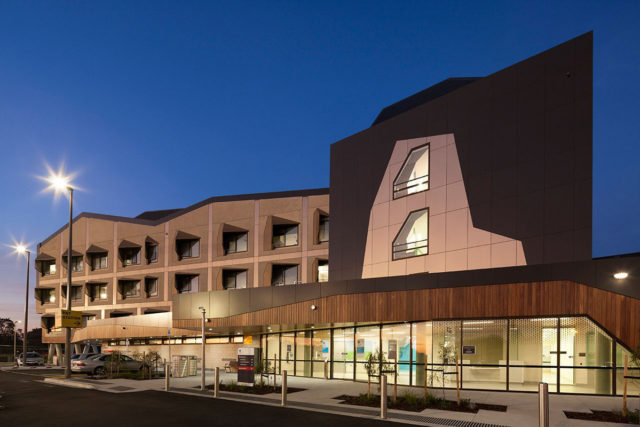 Stage 3 Frankston Hospital Lyons Architects Australia Vitragroup Vitrapanel Lumiflon FEVE Resin AI Coatings Vitreflon ALPOLIC ACM