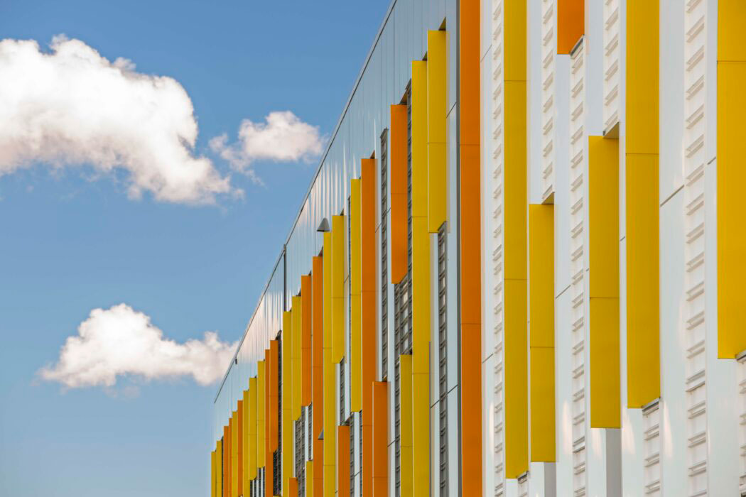 The Joane Cardinal Schubert High School, Calgary, Alberta, Gibbs Gage Architects, Graham Construction