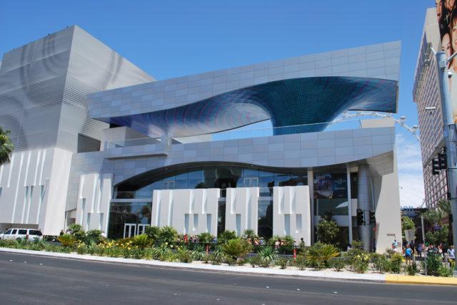 The Linq Las Vegas Klai Juba Wald Architects Engineered Wall Systems Inc ALPOLIC ACM Lumiflon FEVE Resin
