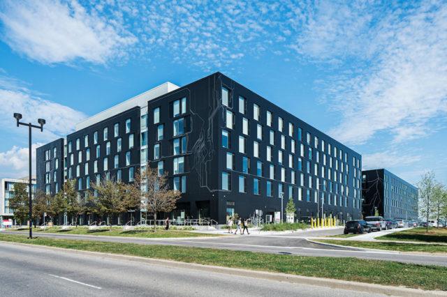 The Quad, ARK Architecture, Toronto, ON, ALPOLIC, Photography Exterior Technologies Group, Photography Michael Muraz