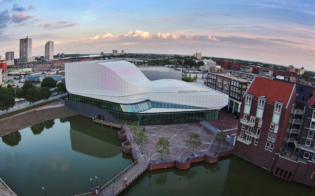 Theatre de Stoep UNStudio Design The Netherlands ALPOLIC ACM Sorba Lumiflon FEVE Resin Peter de Jong