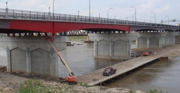 FEVE Resin, Lumiflon, Topeka Boulevard Bridge, Tnemec Fluoronar, Industrial Coatings