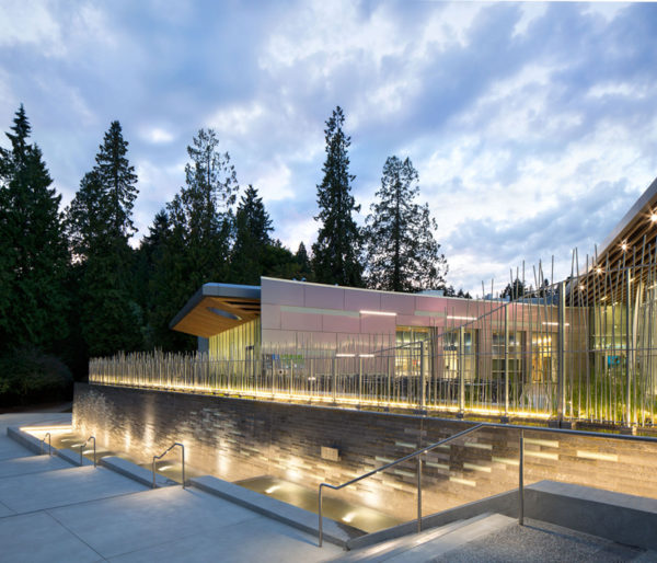 Vancouver_Aquarium_FEVE_Resin_Alucobond_01